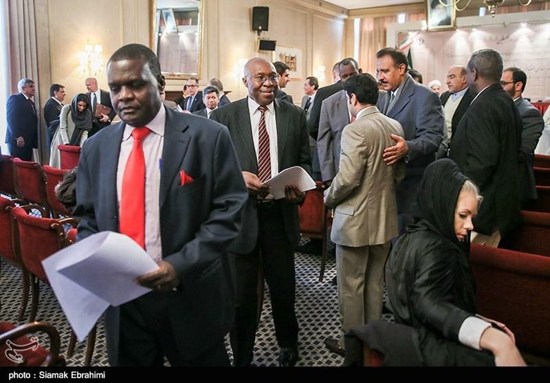 http://newsmedia.tasnimnews.com/Tasnim//Uploaded/Image/1393/09/08/139309081304119144181174.jpg