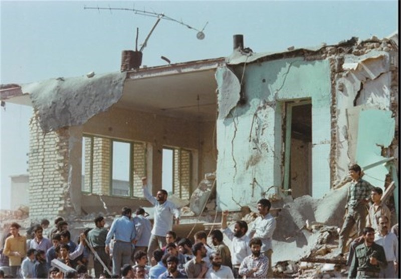 Image result for بمباران مدرسه در بروجرد