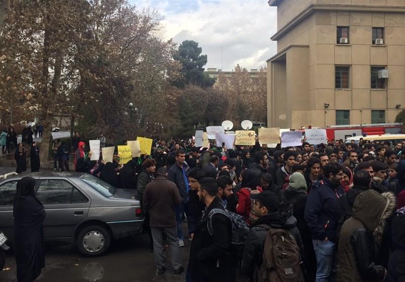139509161108262859387344 سخنرانی روحانی در دانشگاه تهران و حاشیه های این سخنرانی + عکس