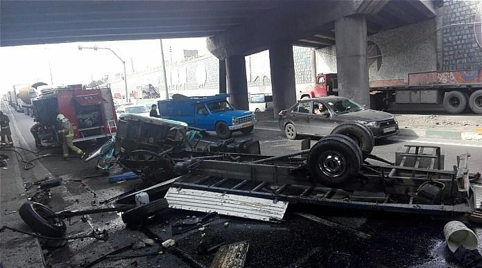 عکس معجزه عکس سقوط خودرو حوادث واقعی حوادث تهران