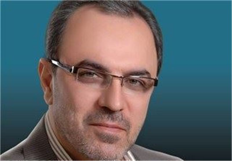 MP Calls on US to Win Iranian Nation's Trust before Offer of Talks
