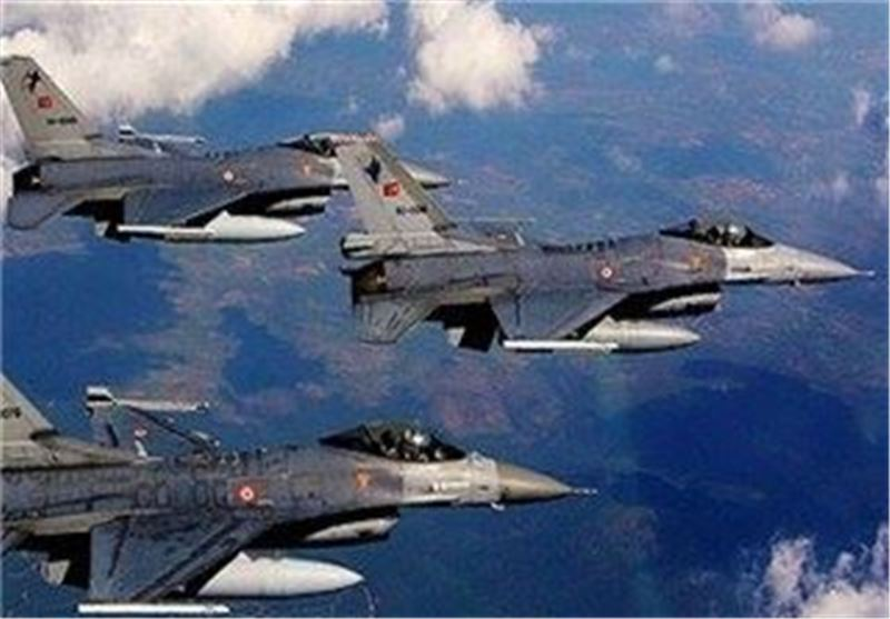 Turkish Jets 'Bomb PKK Targets in Southeast'