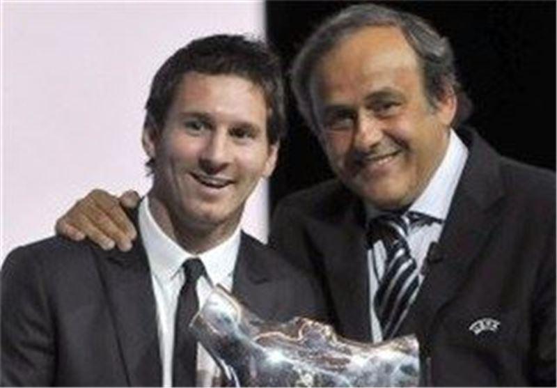 میشل پلاتینی و لیونل مسی در مراسم اهدای جایزه بهترین بازیکن فوتبال اروپا