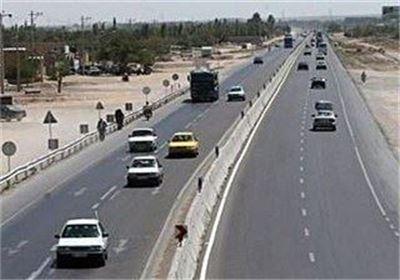 حریق اتوبوس ولوو با 30 مسافر در آزادراه قم - تهران
