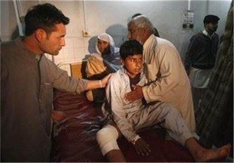 مجروحان انفجار بمب در پاکستان