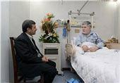 عیادت احمدی نژاد از جوانفکر