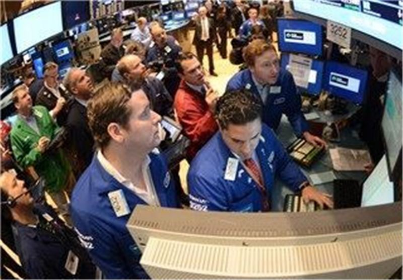 Wall Street Drops as Washington Deadlock Continues