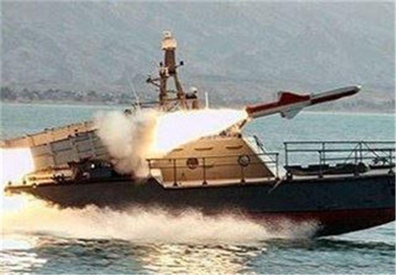 "قائد سلاح البحر یعلن تجهیز سفن الجیش بصواریخ ""کروز"" متطورة من طراز ""غدیر"""