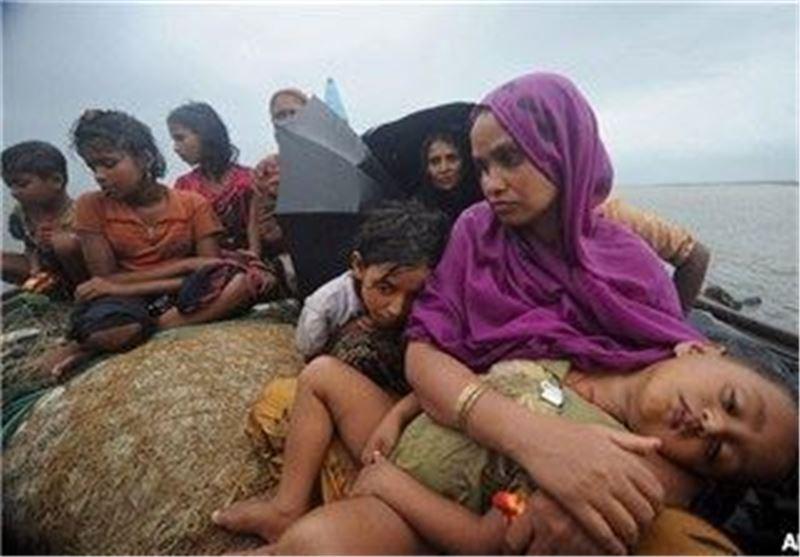 Boat Carrying 70 Muslim Rohingya Sinks off Myanmar