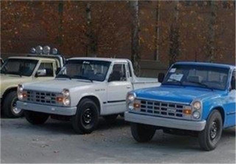 13 خودرو به مددجویان کمیته امداد شهرستان مریوان واگذار شد