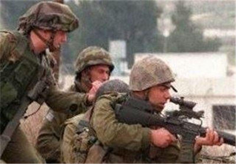 Israel Detains Young Man, 2 Aqsa Mosque Guards in Al-Quds