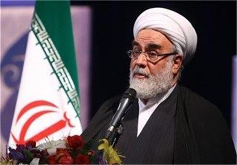 رئیس مکتب الامام الخامنئی: أمریکا عاجزة عن شن عدوان عسکری ضد ایران الاسلامیة