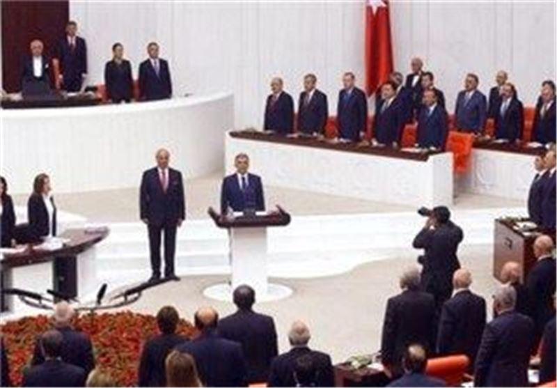 برلمانیة ترکیة: حکومة أردوغان ساهمت فی دخول تنظیم القاعدة إلى سوریا وأمنت له السلاح