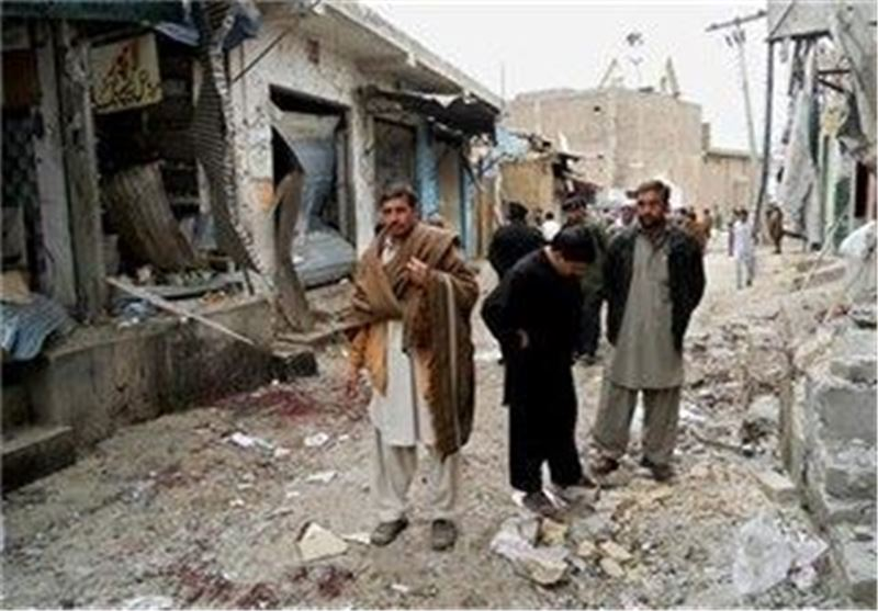 Bomb Kills Three, Wounds 32 with 'Big Bang' in Pakistan
