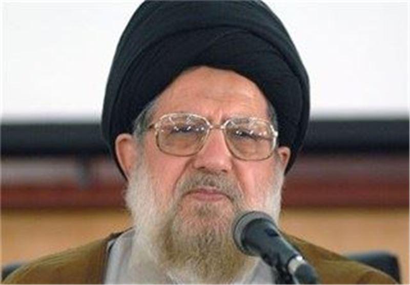 علامه طباطبایی، آیتالله میلانی و آیتالله سیدجواد خامنهای سه یار دبستانی بودند