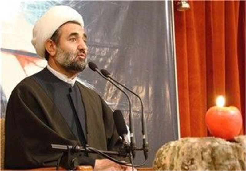 هدف دشمنان از تهاجم فرهنگی تضعیف انقلاب است/ 84 کشور علیه سوریه در جنگ هستند