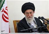 امام خامنهای در منزل یکی از شهدای اغتشاشات اخیر تهران حضور یافتند
