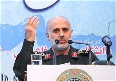 سرلشکر رشید: ابعاد قدرت تهاجمی ایران وجوه غافلگیرکننده برای متجاوزین خواهد داشت