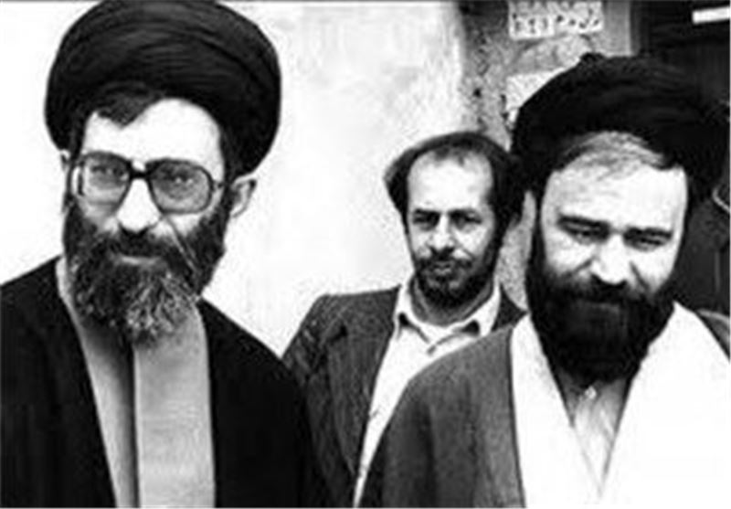 مرحوم حاج سید احمد خمینی: اگر روزی حرکت ما با حرکت ولی نخواند، بدانید که نقص از ماست/ اطاعت از آیتالله خامنهای اطاعت از امام است