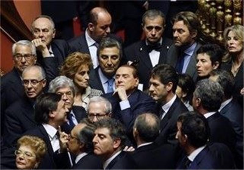 Italy Gov't Plunges into New Crisis