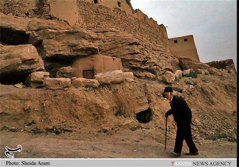 بافت تاریخی شهر کرمان مسیر گردشگری ندارد