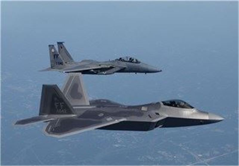 Defense Ministry Confirms US F-22 Jets Escorted Russian Strategic Bombers over Arctic