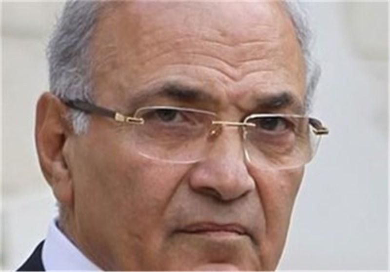 دولت مصر گذرنامه دیپلماتیک نخست وزیر مبارک را تمدید کرد