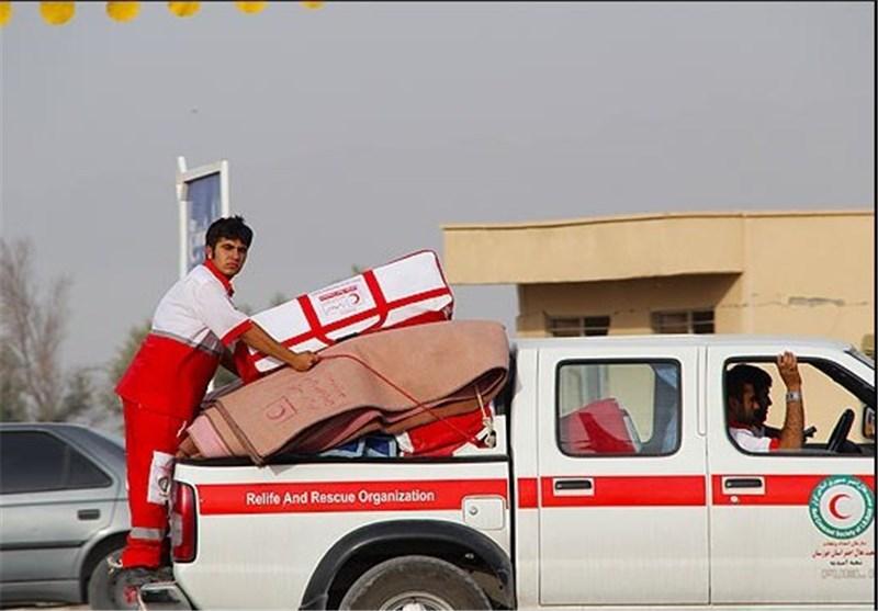 اعزام گروههای امدادرسان فارس به منطقه زلزلهزده بستک/ ارسال 2000 چادر و پتو به مناطق زلزلهزده