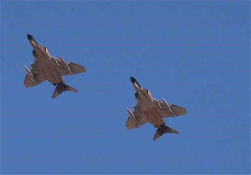 """""""عملیات کمان 99"""" ضربهای کاری بر پیکره نیروی هوایی ارتش بعثی/ حمله 140 فروند جنگنده ایرانی به خاک عراق"""