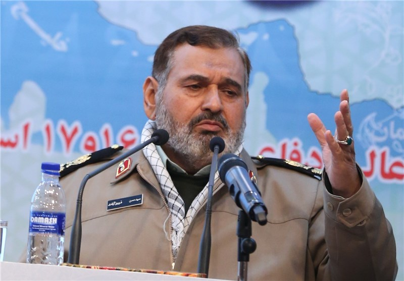 Top Commander Deplores Western Sanctions on Iran