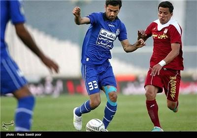 دیدار تیم های فوتبال استقلال و گهر درود