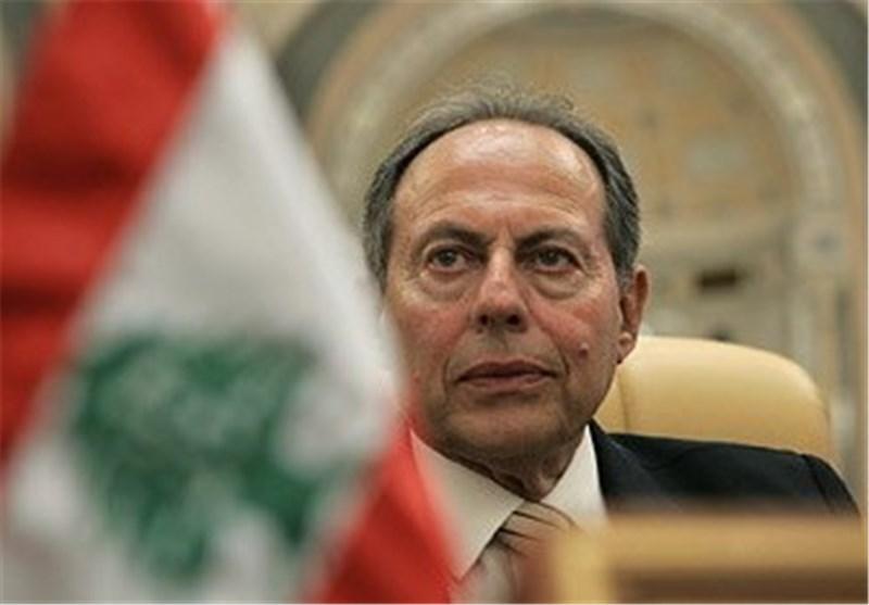 لحود: جرّ لبنان الى الفتنة وراء إجبار الحریری على الاستقالة