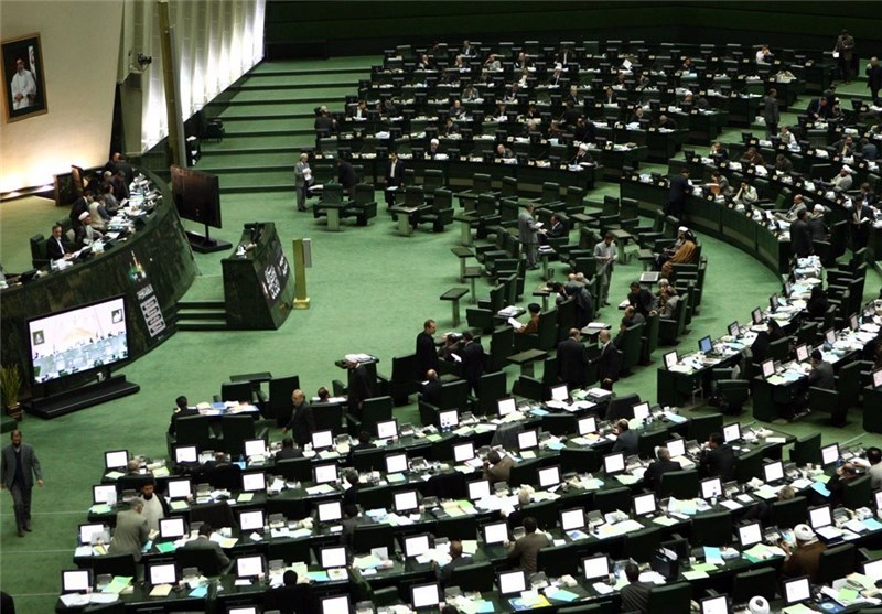 Iranian Parliament Urges FM to Issue Fact Sheet on Lausanne Statement