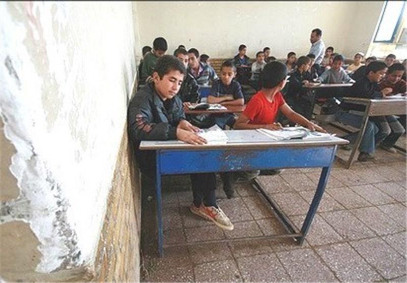 استاندار کردستان: کمبود امکانات و مشکلات مدارس برطرف شود
