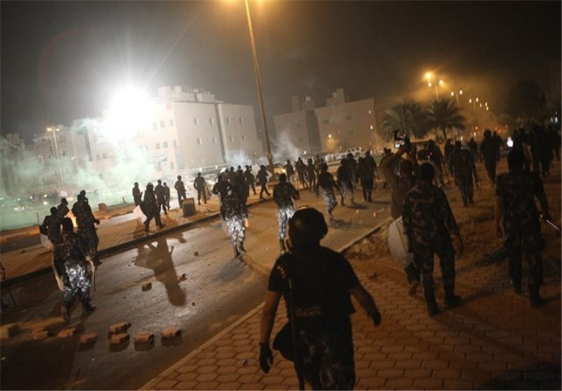 Kuwait Police Clash with Stateless Protesters