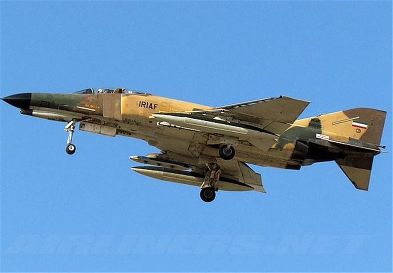 Iranian Military Aircraft Crashes in Southeastern City