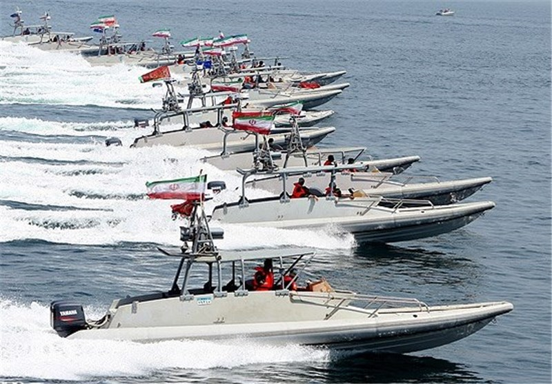 Commander: US Vessels in Persian Gulf Vulnerable to IRGC Speed Boats