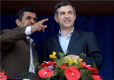 محمود احمدی نژاد و مشایی