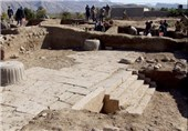 باستانشناسان آمریکایی در ایران/ غارت میراث فرهنگی در لباس باستانشناسی