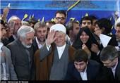 بالصور .. آیة الله رفسنجانی یسجل فی الدقائق الأخیرة ترشیحه لخوض الانتخابات الرئاسیة الـ 11 !!