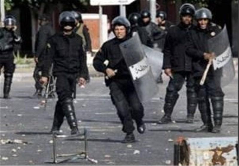 إندلاع مواجهات عنیفة بین قوات الأمن التونسیة والسلفیین فی غرب العاصمة