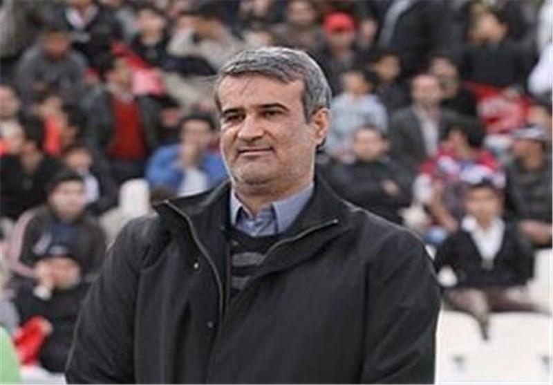 حسینی در استقلال سربازی نکرده اما میخواهد در نفت سروری کند/یادش رفته در لیست مازاد استقلال بود