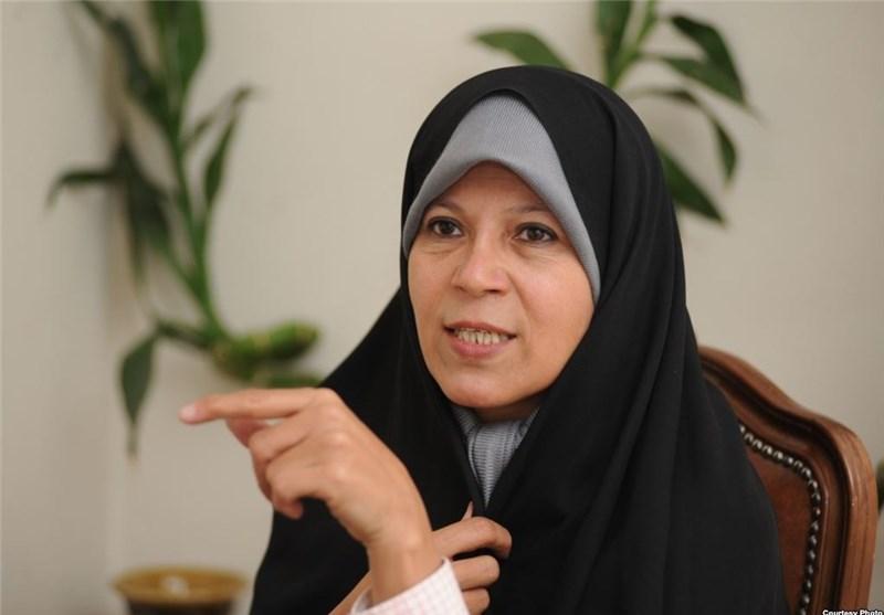 فائزه هاشمی: شاهد زن ستیزی هستیم/ من آماده بازگشتم