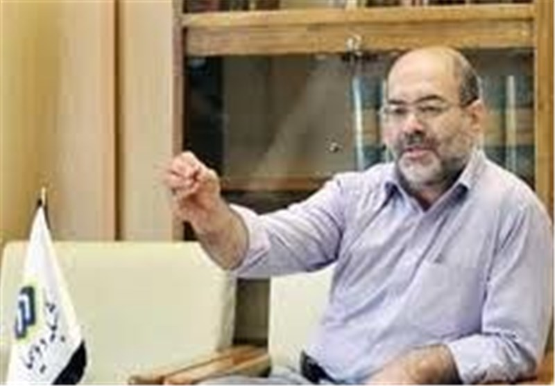 بازدید مدیر شبکه 2 سیما از پشت صحنه «دولت مخفی»