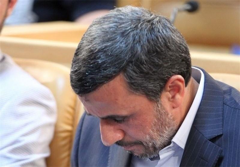گزارش: احمدینژاد و دوراهی حضور یا عدمحضور در مجمع تشخیص؟/ بنبستی که رادیکالیسم میسازد