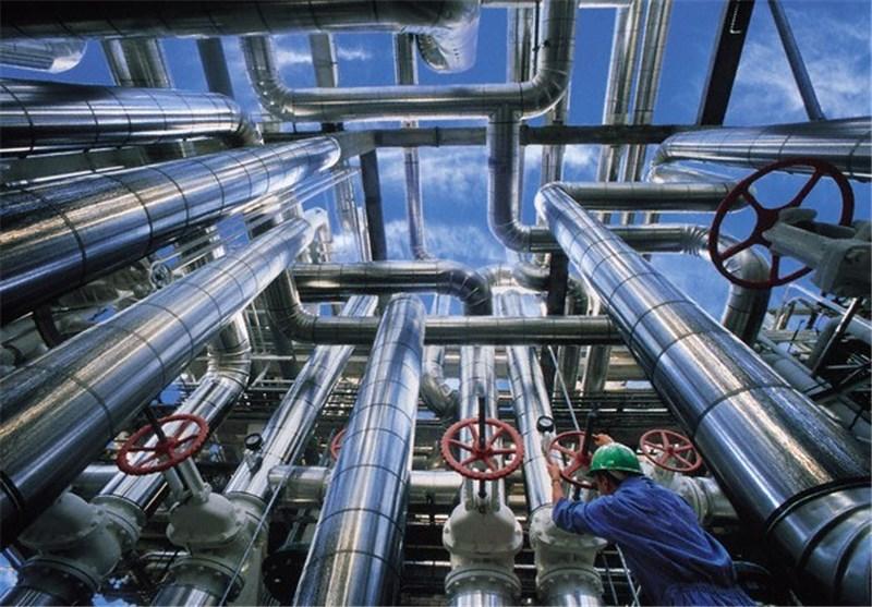"""""""یادآوران"""" از """"سندباد"""" پیشی گرفت/برداشت روزانه 95 هزار بشکهای نفت ایران در برابر برداشت صفر عراق"""