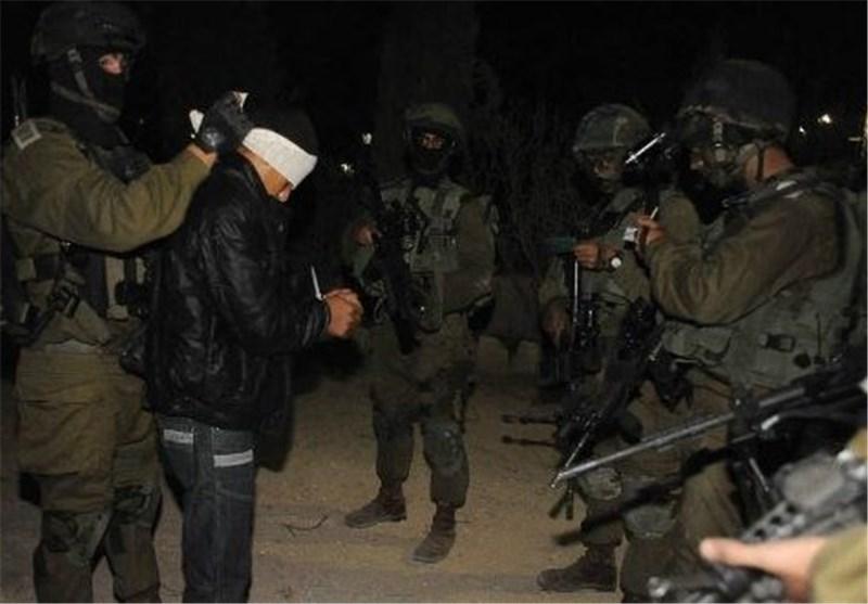 «إسرائیل» تقمع مسیرة تضامنیة مع الأسرى فی رام الله