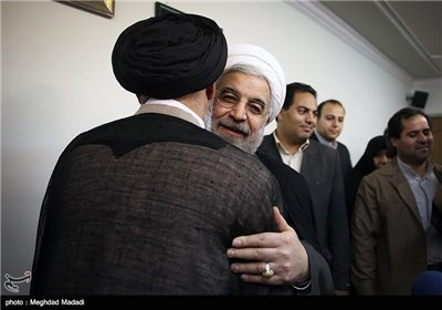 زیارة المرشح الرئاسی حسن روحانی الى مدینة اصفهان
