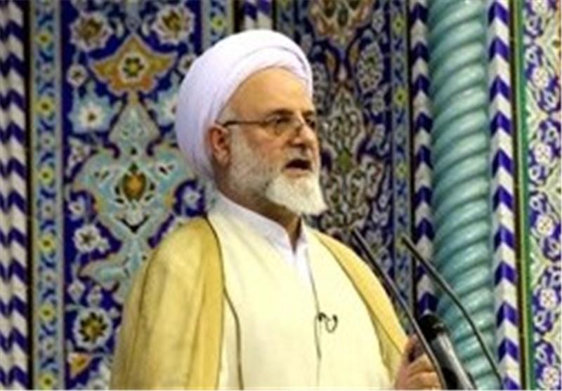 آمریکا از خوی استکباری خود دست برنمی دارد/ایران دانش هسته ای را از دست نمی دهد