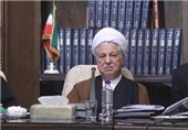 آیة الله رفسنجانی : الشعب لبّى نداء قائد الثورة الاسلامیة .. وانتخابات ایران الأکثر دیمقراطیة فی العالم